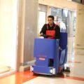 خدمات نظافتی با دستگاه نظافت صنعتی