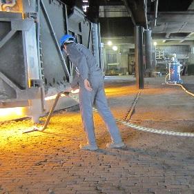 جاروبرقی صنعتی دائم کار با کارکرد پیوسته