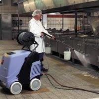 استفاده از واترجت صنعتی در آشپزخانه صنعتی