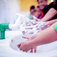 شستن دست برای کنترل بیماری ها