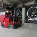 سوییپر صنعتی یا جاروب صنعتی مناسب نظافت سطوح وسیع در مراکز صنعتی و تجاری