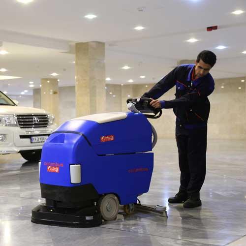 شستشوی کف پارکینگ با دستگاه کفشوی