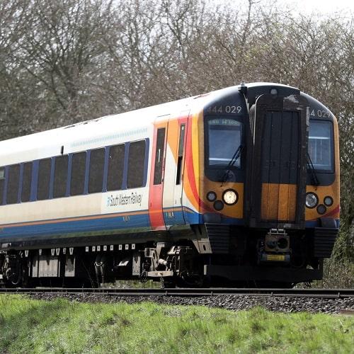 شستشو قطار با واترجت صعتی