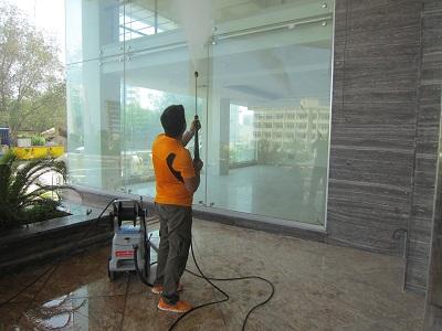 دستگاه نظافت مکانیزه مراکز تجاری