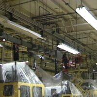 اهمیت و دلایل نظافت سقف در یک مرکز صنعتی چیست؟