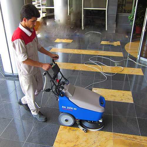 سکرابر صنعتی در نظافت بانک ها