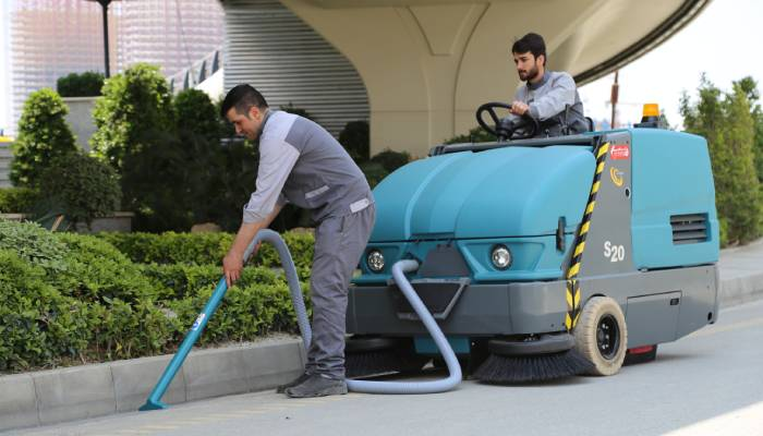 جمع آوری انواع آلودگی ها با ماشین آلات نظافت صنعتی