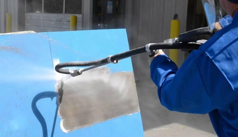 کاربرد دستگاه واتر سند بلاست در رنگ بری و لایه برداری سطوح و قطعات