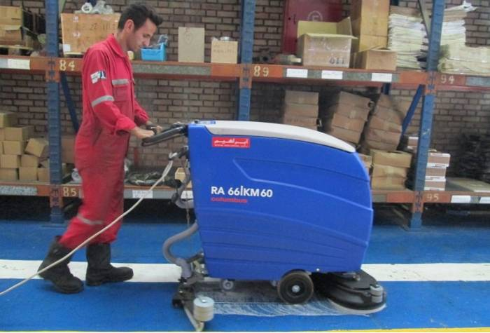 RA66KM60 scrubber dryer
