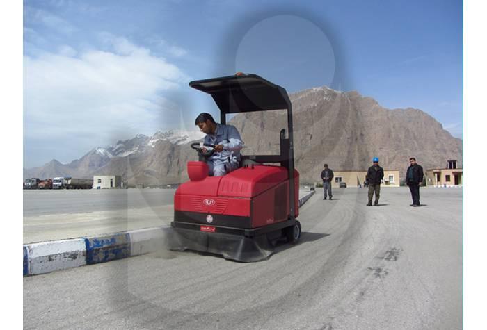 سوییپر خودرویی ابزاری مفید و کارامد در نظافت سطوح