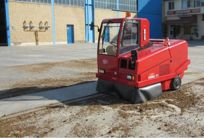 Ride on Sweeper and Cleaning Industrial Sites