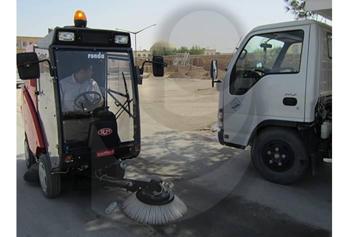 استفاده از برس سوم و افزایش پهنای نظافت در سوییپر شهری