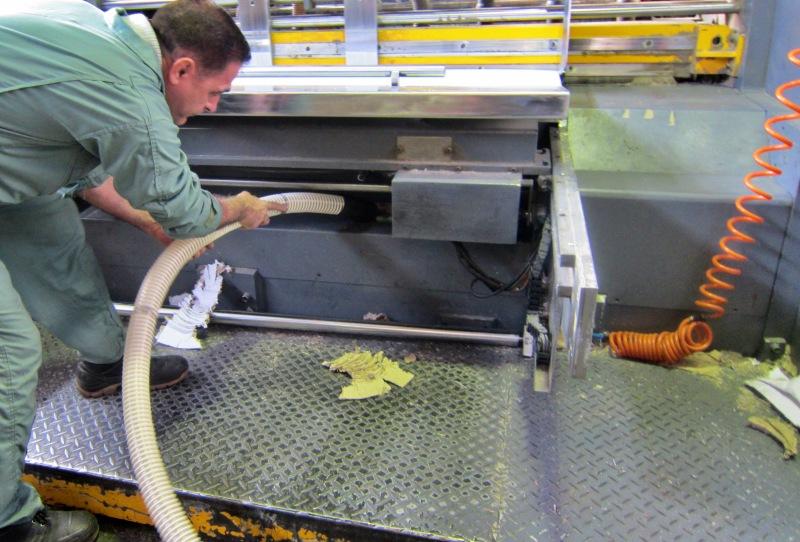 کاربرد جاروبرقی صنعتی Zefiro 101