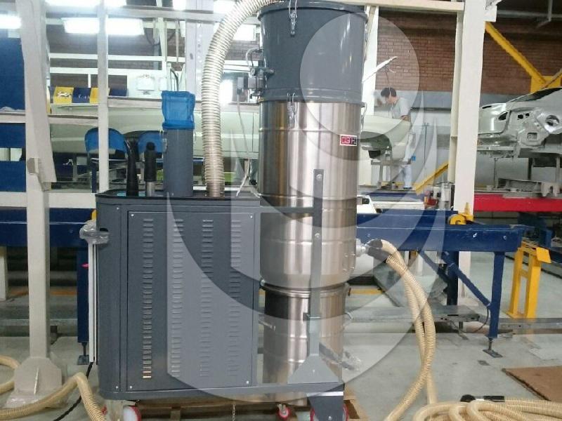 جاروبرقی صنعتی DG150PN