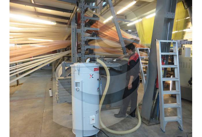 cleaning machines in the spinning industry by industrial vacuum cleaner