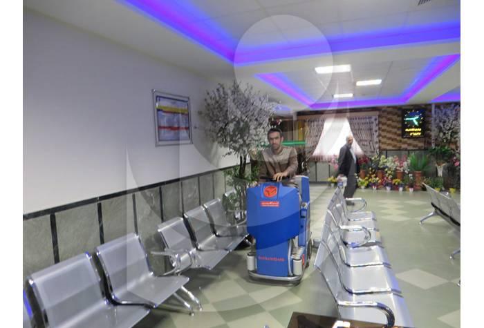 شستشوی سطح زمین در مراکز درمانی با اسکرابر
