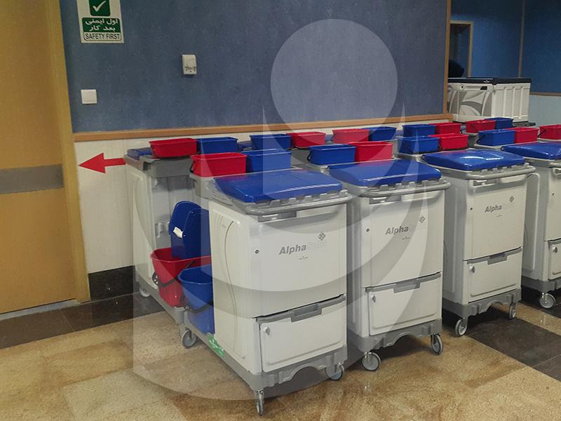 ترولی چند منظوره ALPHASPLIT جهت امور نظافتی و شستشوی محیط های نسبتا بزرگ