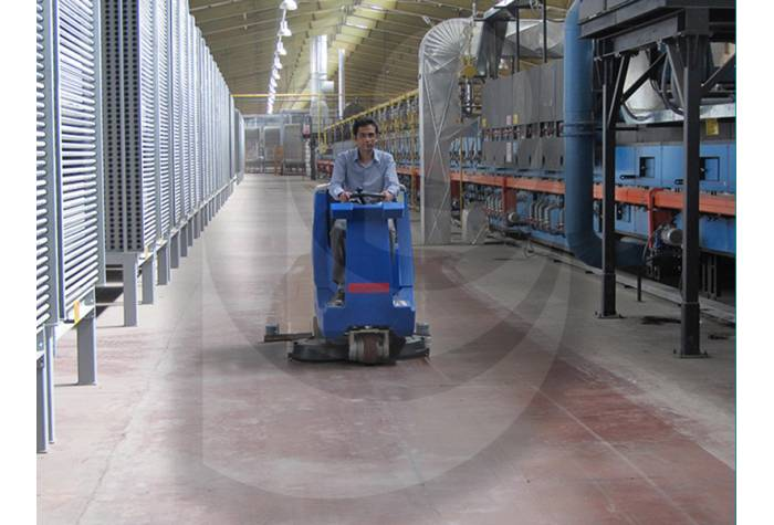 floor cleaning industrial sites with scrubbers