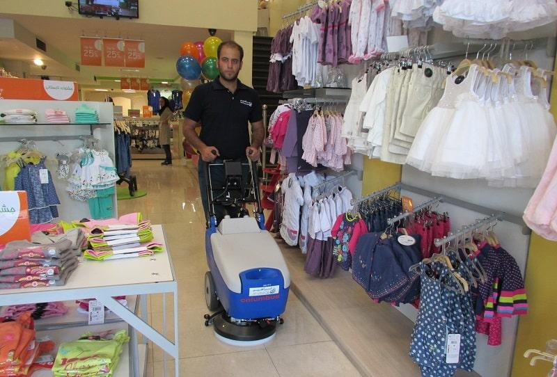 نظافت فروشگاه با زمینشوی باتری دار RA35B10