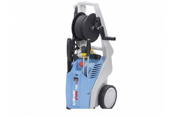 واترجت و کارواش صنعتی K2195 TST قادر به ارائه آب در فشار 180 بار