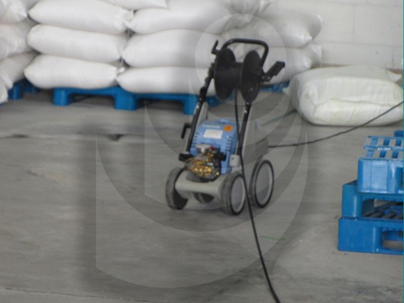 استفاده از واترجت Q 9/170 TST در صنایع غذایی