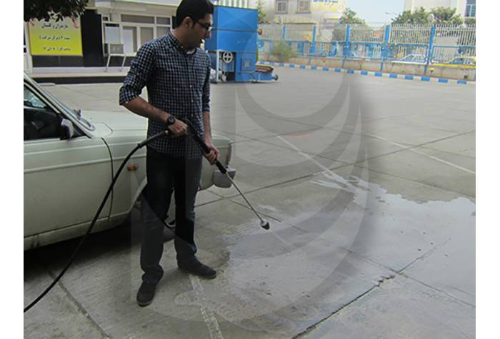wash the electric station's floor with waterjet machine Q 800 TST