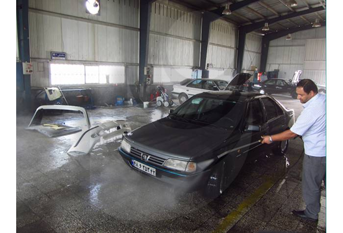 Car washing with electrical water jet Q 800 TST