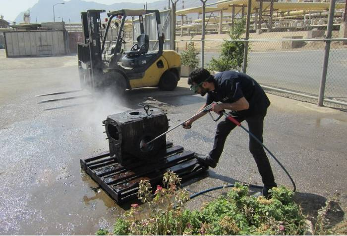 industrial high pressure washer