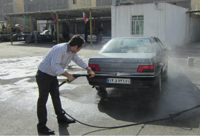 شستشو ماشین با استفاده از واتر جت بنزینی آب سرد B 230 T
