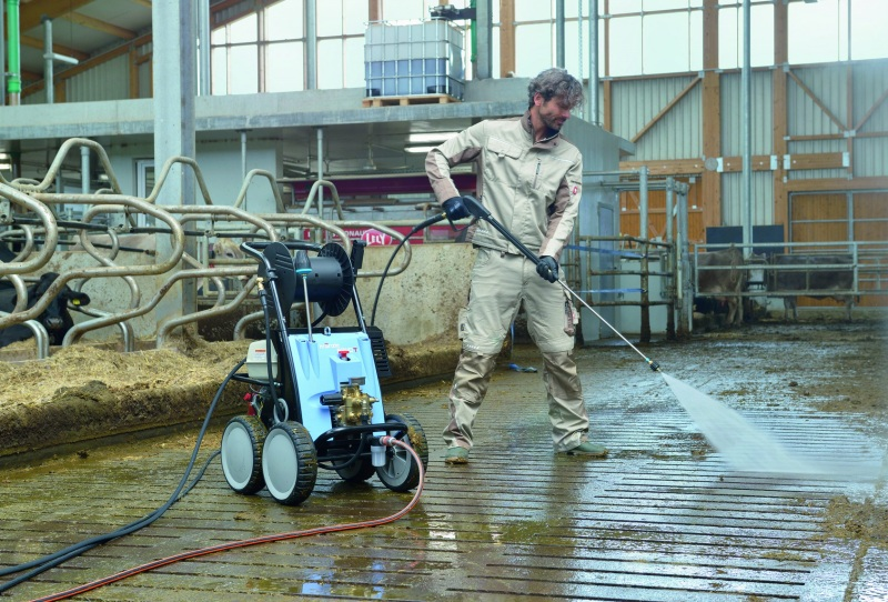 Washing livestock with industrial car wash