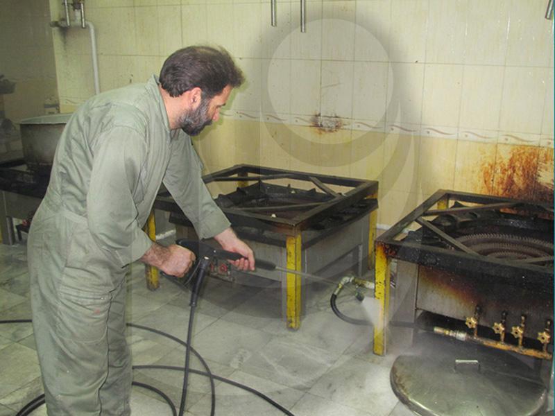 شستشو گاز و شستشو آشپزخانه با واترجت صنعتی آب گرم TC 11/130