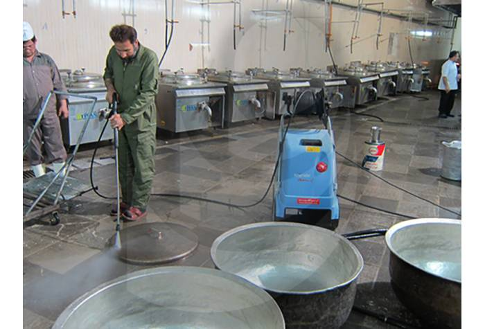 Pot washing and kitchen washing with Industrial water jet hot water TC 11/130