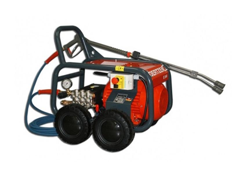 واترجت الکتریکی E 240 یک واتر جت صنعتی سنگین کار