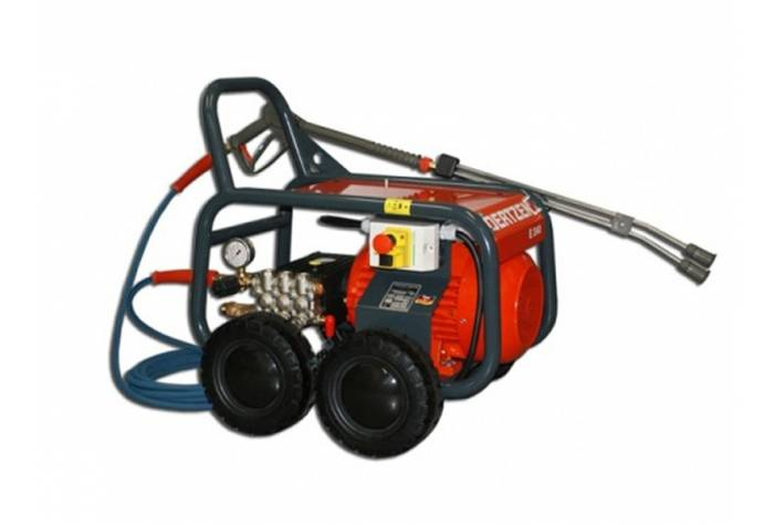 E 240 electric high-pressure washer with outstanding working pressure