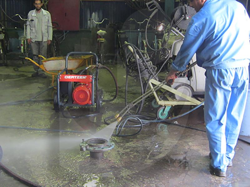 شستشو قطعات با استفاده از واترجت صنعتی آب سرد E 400