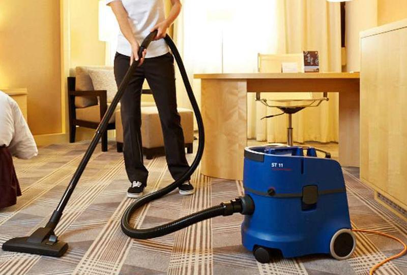 ST11 vacuum cleaner