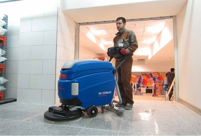 RA55BM40 scrubber dryer