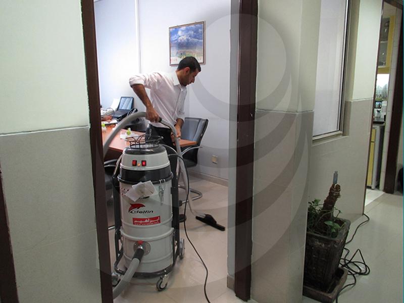 استفاده از جاروبرقی در نظافت ادارات