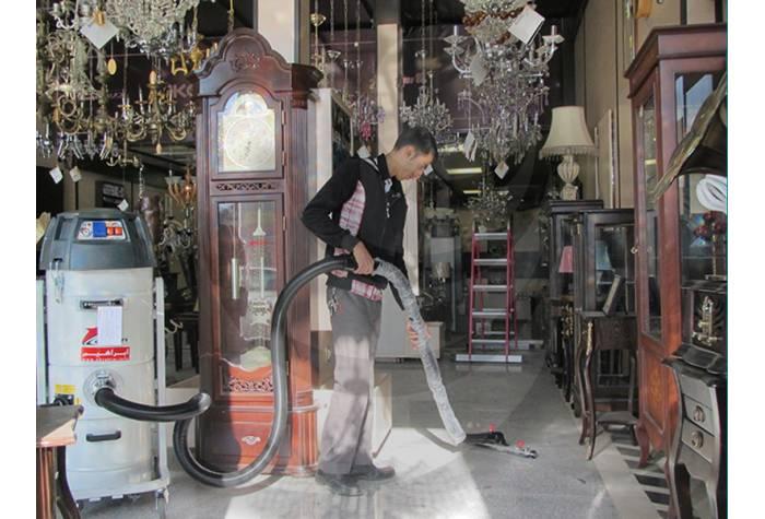 جاروبرقی نیمه صنعتی و نظافت سطح فروشگاه