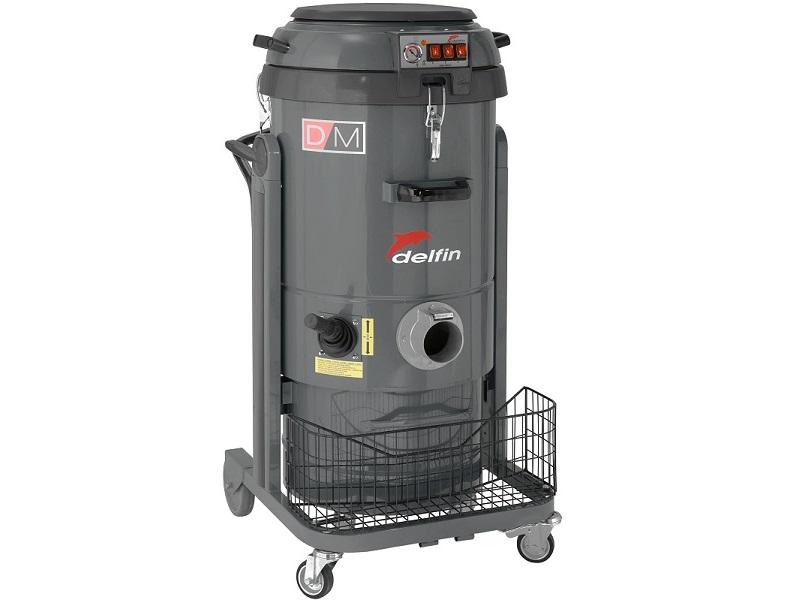 semi-industrial vacuum cleaner
