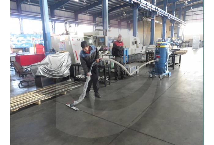 نظافت سوله های صنایع با جاروبرقی