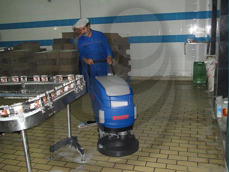 نظافت کارگانه های تولید محصولات غذایی با اسکرابر