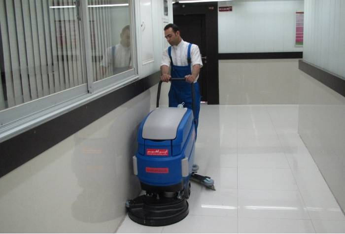 cable-powered floor scrubber machine RA 55B 40