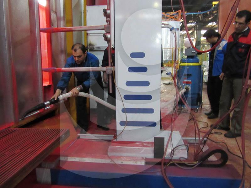 استفاده از جاروبرقی صنعتی در صنایع تراکتورسازی